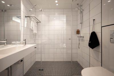 Vask, dusj og toalett